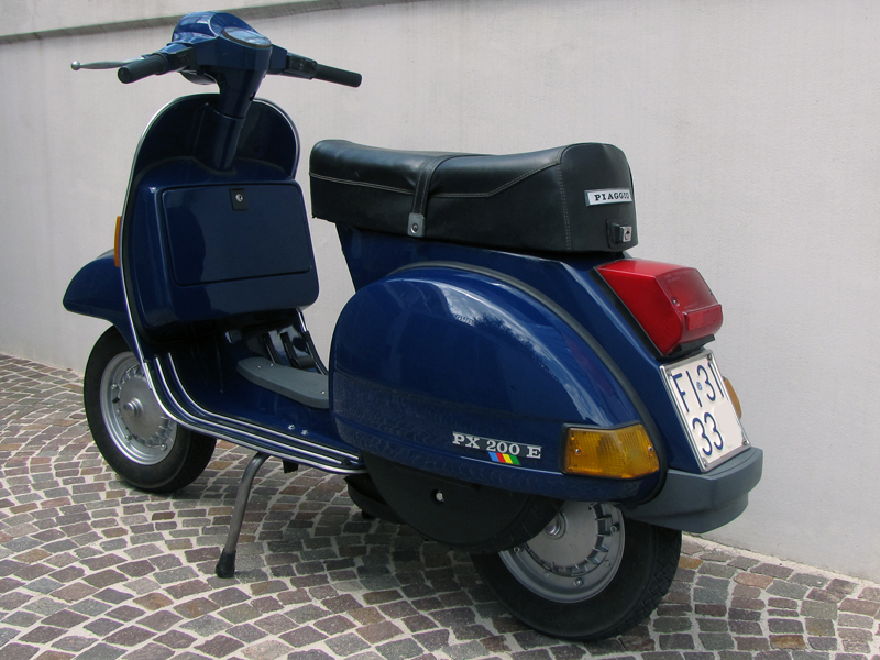 Img on Vespa Px 125